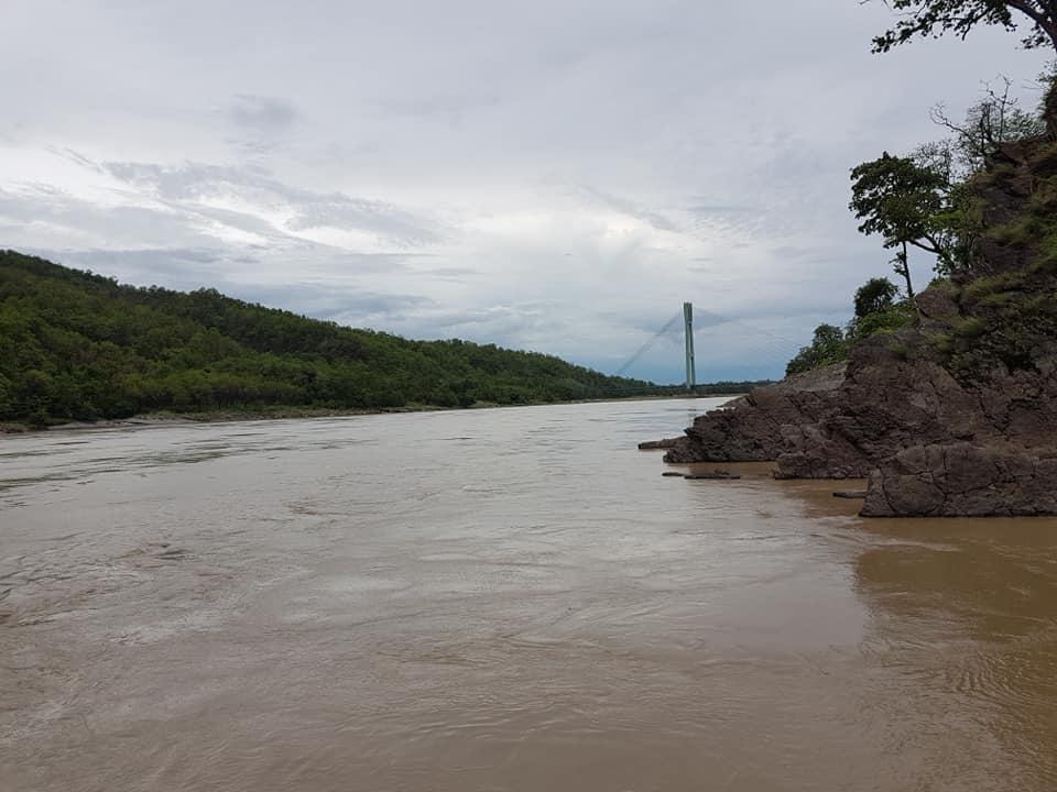 कर्णाली नदीको सतह बढेर ६ मिटर ५७ सेन्टीमिटर पुगेको केन्द्रले जनाएको छ।
