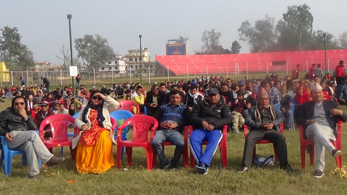 पहिलो पटक धनगढीमा आयोजिक चलचित्र महोतसवमा राष्ट्रिय स्तरकार कलाकार सम्बुजित वास्कोटा, वसुन्धरा भूषाल, रामचन्द्र काफ्ले लगायतको सहभागिता रहेको थियो।