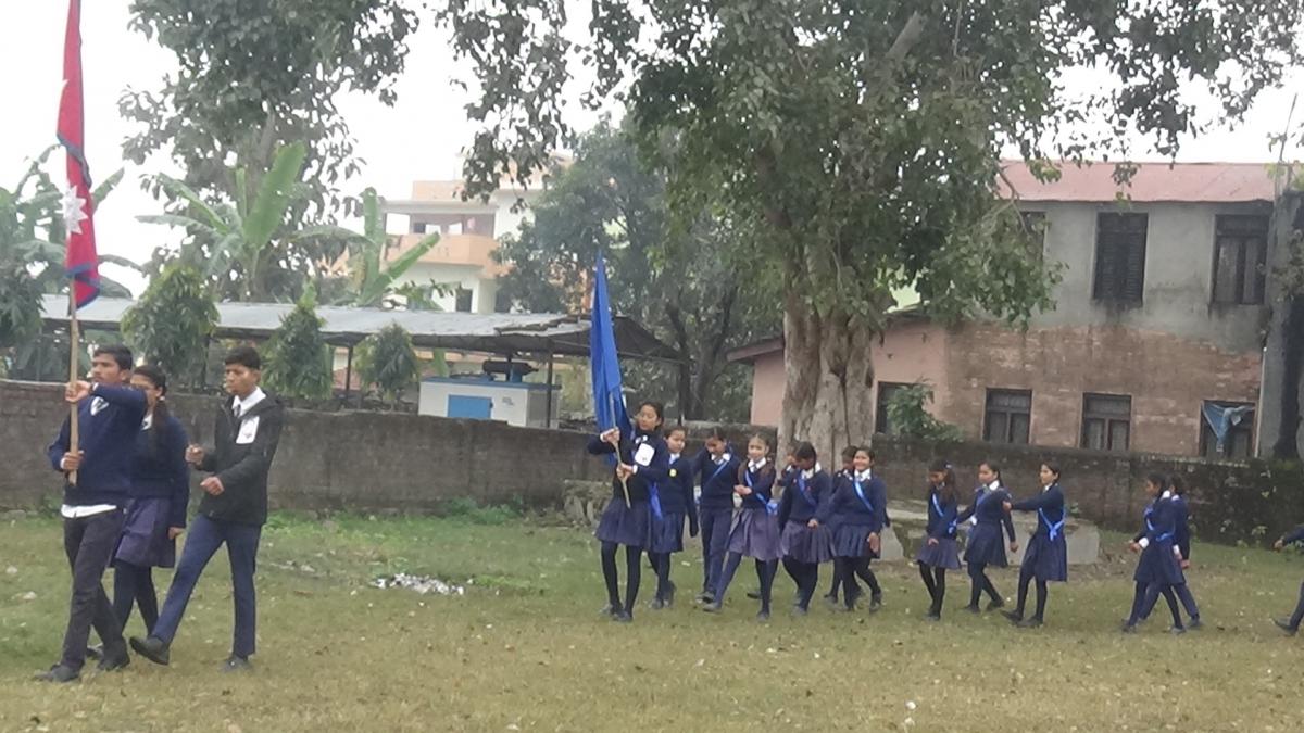 मार्च पास निकाल्दै विद्यार्थिहरु