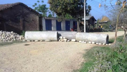 धनगढी उप–महानगरपालिका वडा नम्बर १५ को उर्मी गाउँमा प्रवेश निषेध गरिएको छ।