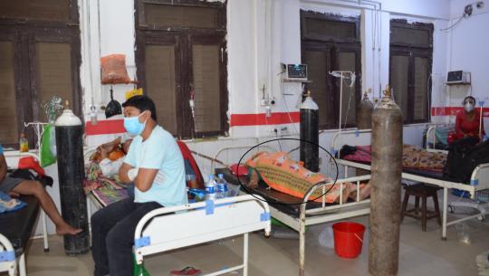 सेती प्रादेशिक अस्पतालमा घण्टौँसम्म बिरामीको बीचमा रहन्छ शव।