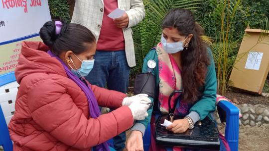 नेपाल पत्रकार महासंघ सुदूरपश्चिम प्रदेश समितिको दोस्रो साधारण सभामा पत्रकारहरूको निशूल्क स्वास्थ्य परीक्षण गराएको छ।