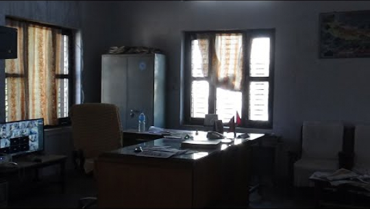 Embedded thumbnail for कैलाली मालपोतमा मनपरी: कर्मचारी साढे ११ बजे सम्म कार्यालय पुग्दैनन्