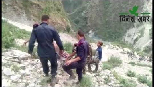 Embedded thumbnail for जीप दुर्घटनामा १० जनाको मृत्यु भएपछि बझाङका दुई गाउँ शोकमा